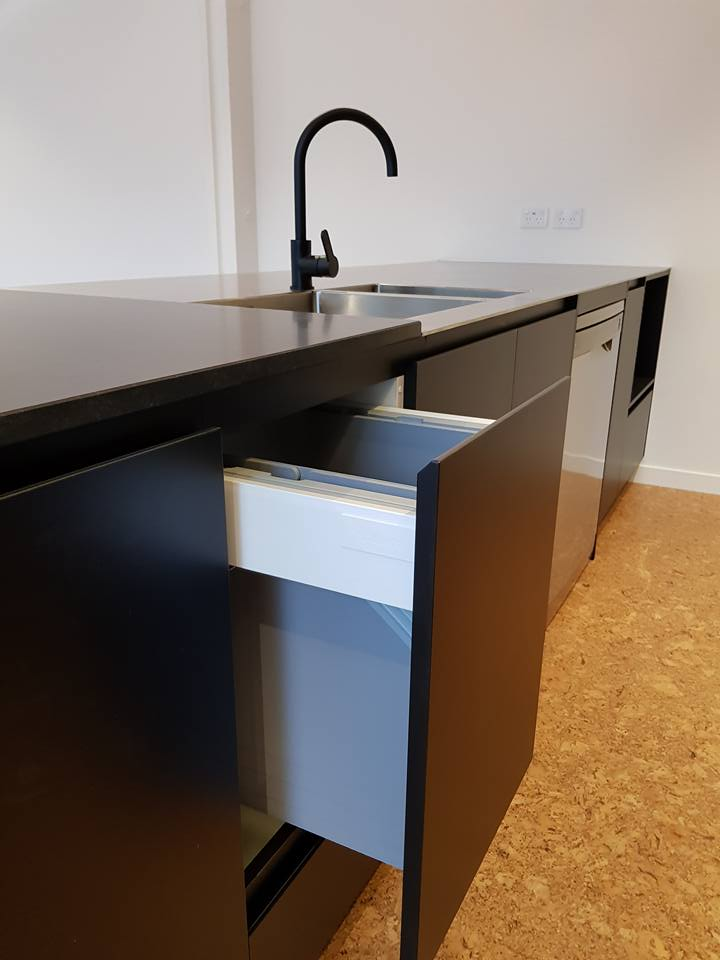 Acrymatte Eclipse with Mitred Handle | Cut-It Kitchens in Wanaka